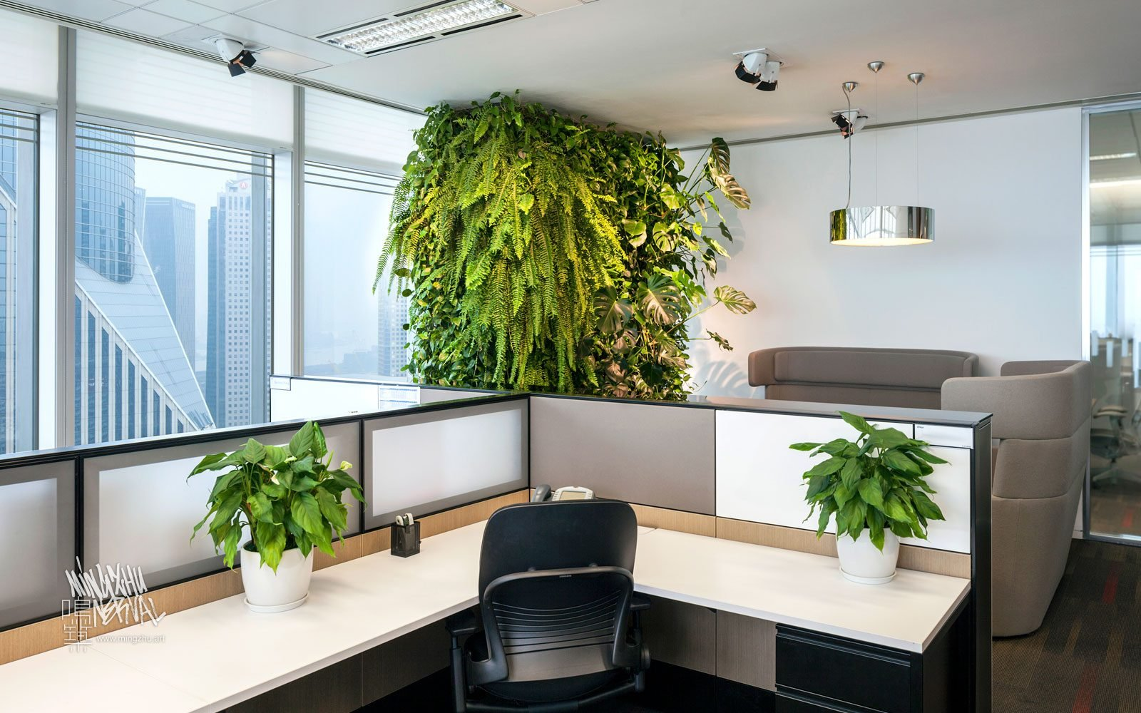 At Mingzhu Nerval, we thrive at creating the most beautiful vertical gardens in the world. For Citrix Systems, we created a healthy nature workspace design - Shanghai, 2011.
