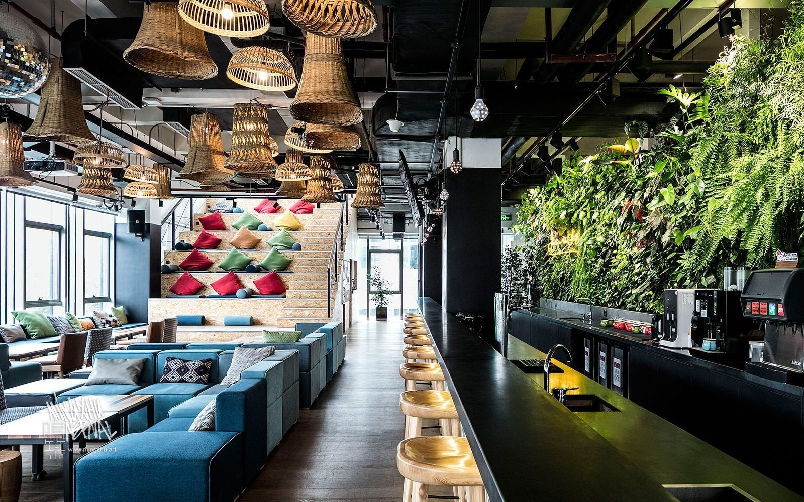 Mingzhu Nerval vertical living wall experts created a healthy nature workspace at WeWork in Shanghai, 2015