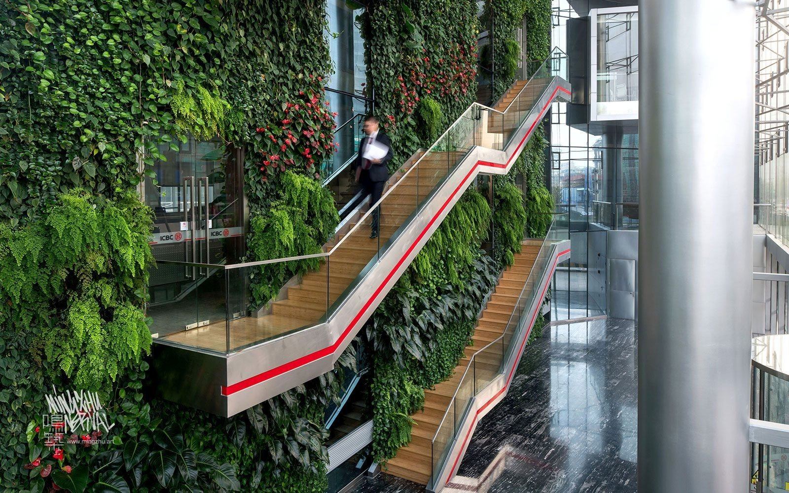At Mingzhu Nerval, we thrive at creating the most beautiful vertical gardens in the world. For ICBC, we created an enormous living wall design - Shanghai, 2012.