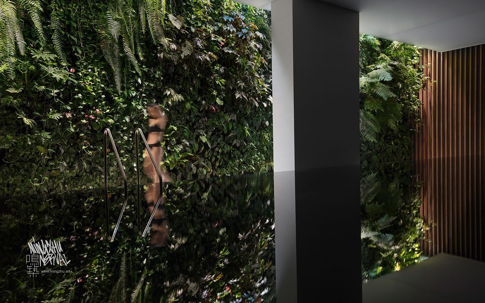 At Mingzhu Nerval, we thrive at creating the most beautiful vertical gardens in the world. For this villa, we created a magnificent living wall design – Beijing, 2017.