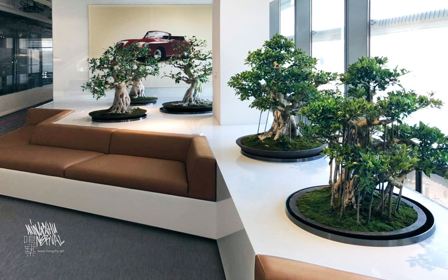 At Mingzhu Nerval, we thrive at creating the most beautiful vertical gardens in the world. For Porsche, we created a special living design - Shanghai, 2019.